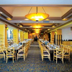 Отель Pacific Palms Resort США, Ла-Пуэнте - отзывы, цены и фото номеров - забронировать отель Pacific Palms Resort онлайн питание