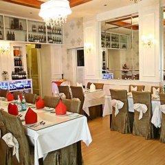 Отель Deluxcious Luxurious Heritage Hotel Малайзия, Пенанг - отзывы, цены и фото номеров - забронировать отель Deluxcious Luxurious Heritage Hotel онлайн питание