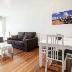 Отель Apartamentos Alday Испания, Камарго - отзывы, цены и фото номеров - забронировать отель Apartamentos Alday онлайн комната для гостей фото 4