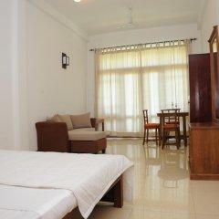 Отель Thumbelina Apartments & Hotel Шри-Ланка, Бентота - отзывы, цены и фото номеров - забронировать отель Thumbelina Apartments & Hotel онлайн комната для гостей фото 3