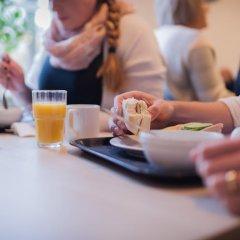 Отель STF af Chapman & Skeppsholmen Швеция, Стокгольм - 1 отзыв об отеле, цены и фото номеров - забронировать отель STF af Chapman & Skeppsholmen онлайн питание фото 3