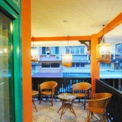Отель Focal Local Bed and Breakfast балкон