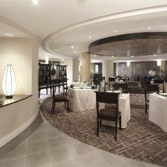 Отель Taj Bentota Resort & Spa Шри-Ланка, Бентота - 2 отзыва об отеле, цены и фото номеров - забронировать отель Taj Bentota Resort & Spa онлайн питание фото 2