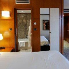 Отель Goldstar Resort & Suites Франция, Ницца - 1 отзыв об отеле, цены и фото номеров - забронировать отель Goldstar Resort & Suites онлайн сейф в номере