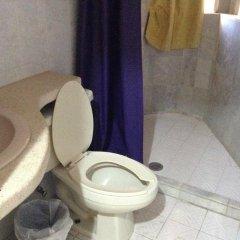 Отель Arturo's ванная фото 2