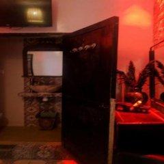 Отель Maison Aicha Марокко, Марракеш - отзывы, цены и фото номеров - забронировать отель Maison Aicha онлайн удобства в номере фото 2