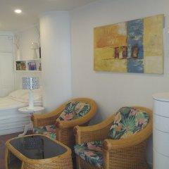 Апартаменты Sky Beach Apartment Паттайя комната для гостей фото 4