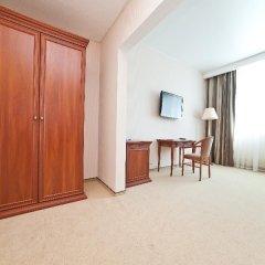 Гостиница Рамада Москва Домодедово Стандартный номер с разными типами кроватей фото 24