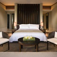 Отель Capella Singapore сейф в номере