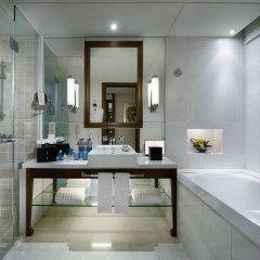 Отель Grand Millennium HongQiao Shanghai Китай, Шанхай - отзывы, цены и фото номеров - забронировать отель Grand Millennium HongQiao Shanghai онлайн ванная