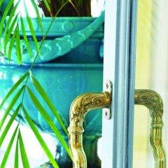 Отель Hôtel Vacances Bleues Le Royal Франция, Ницца - 4 отзыва об отеле, цены и фото номеров - забронировать отель Hôtel Vacances Bleues Le Royal онлайн приотельная территория
