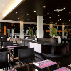 Отель APSARA Beachfront Resort and Villa интерьер отеля