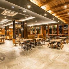 Отель Aurico Kata Resort & Spa гостиничный бар