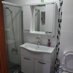 Rooster Hostel Турция, Измир - отзывы, цены и фото номеров - забронировать отель Rooster Hostel онлайн ванная