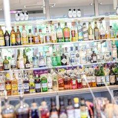 Отель Indigo Düsseldorf - Victoriaplatz Германия, Дюссельдорф - отзывы, цены и фото номеров - забронировать отель Indigo Düsseldorf - Victoriaplatz онлайн гостиничный бар