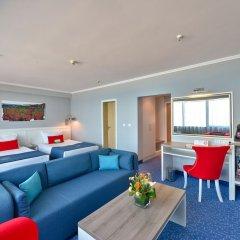 INTERNATIONAL Hotel Casino & Tower Suites комната для гостей фото 6