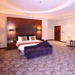 Отель Al Hamra Palace By Warwick комната для гостей фото 7