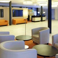 Отель Holiday Inn Berlin Airport - Conference Centre Шёнефельд интерьер отеля фото 3
