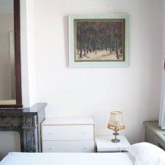 Отель The Captaincy Guesthouse Brussels Брюссель комната для гостей фото 5
