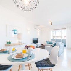 Отель Exclusive Penthouse Terrace & Garage комната для гостей