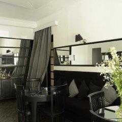 Opera Rooms&Hostel гостиничный бар