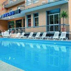 Отель Atlas Римини бассейн фото 3
