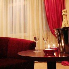 Отель Adria Чехия, Карловы Вары - 6 отзывов об отеле, цены и фото номеров - забронировать отель Adria онлайн в номере фото 2