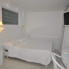 Отель Al Cavallino Bianco Италия, Риччоне - отзывы, цены и фото номеров - забронировать отель Al Cavallino Bianco онлайн комната для гостей фото 4