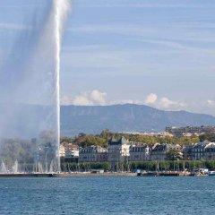 Отель Ibis Genève Petit Lancy Швейцария, Ланси - отзывы, цены и фото номеров - забронировать отель Ibis Genève Petit Lancy онлайн пляж фото 2