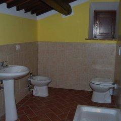 Отель Agriturismo I Poderi Кьянчиано Терме ванная