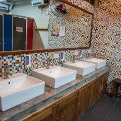 Отель Vietnam Backpacker Hostels - Downtown ванная фото 2