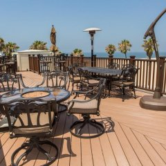Отель Venice Beach Suites & Hotel США, Лос-Анджелес - отзывы, цены и фото номеров - забронировать отель Venice Beach Suites & Hotel онлайн бассейн