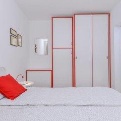 Отель FM Premium 2-BDR Apartment - Eleganto Болгария, София - отзывы, цены и фото номеров - забронировать отель FM Premium 2-BDR Apartment - Eleganto онлайн комната для гостей фото 2