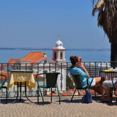 Апартаменты Hello Lisbon Castelo Apartments пляж фото 2