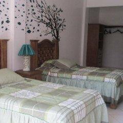 Отель Hostal La Encantada Мексика, Мехико - 1 отзыв об отеле, цены и фото номеров - забронировать отель Hostal La Encantada онлайн комната для гостей фото 4