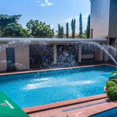 Отель Adig Suites Нигерия, Энугу - отзывы, цены и фото номеров - забронировать отель Adig Suites онлайн бассейн