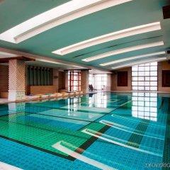Отель Majesty Plaza Shanghai Китай, Шанхай - отзывы, цены и фото номеров - забронировать отель Majesty Plaza Shanghai онлайн бассейн фото 2