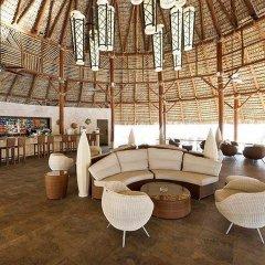 Отель Family Club at Barcelo Bavaro Palace Deluxe гостиничный бар