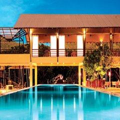 Отель Thilanka Resort and Spa бассейн фото 3