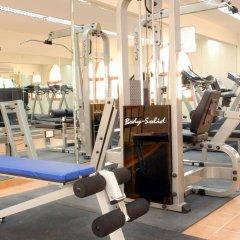 Отель Al Liwan Suites фитнесс-зал