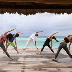 Отель Banyan Tree Vabbinfaru Мальдивы, Остров Гасфинолу - отзывы, цены и фото номеров - забронировать отель Banyan Tree Vabbinfaru онлайн фитнесс-зал фото 4