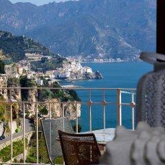 Отель Holiday In Amalfi Италия, Амальфи - отзывы, цены и фото номеров - забронировать отель Holiday In Amalfi онлайн балкон