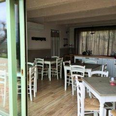 Отель B&B Ceresà Лорето гостиничный бар