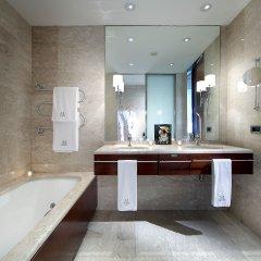 Отель Eurostars Grand Marina ванная