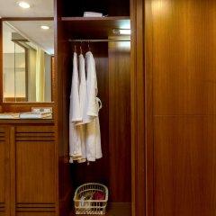 Отель Ramada Plaza by Wyndham Bangkok Menam Riverside удобства в номере фото 2