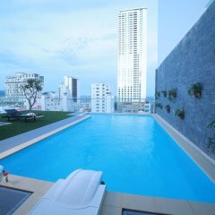 Отель EDELE Нячанг бассейн фото 2