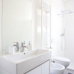 Отель Ba28 Apartments Италия, Милан - отзывы, цены и фото номеров - забронировать отель Ba28 Apartments онлайн ванная