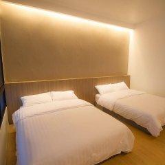 Отель Glur Bangkok комната для гостей фото 4