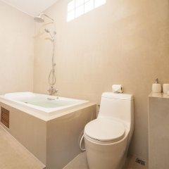Отель Patong Hill Estate 8 Патонг ванная фото 2