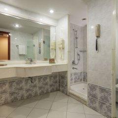 Crystal Sunrise Queen Luxury Resort & Spa Турция, Сиде - 1 отзыв об отеле, цены и фото номеров - забронировать отель Crystal Sunrise Queen Luxury Resort & Spa - All Inclusive онлайн ванная